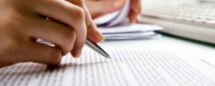 essay topic writing service reviews 2017